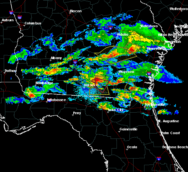 Radar Image for Severe Thunderstorms near Baxley, GA at 4/8/2020 8:57 PM EDT