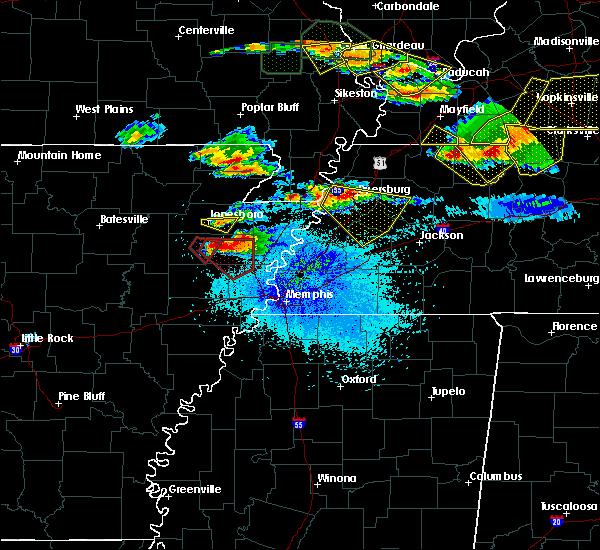 Radar Image for Severe Thunderstorms near Dyersburg, TN at 4/8/2020 8:42 PM CDT
