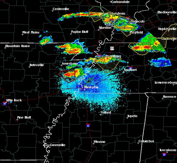 Radar Image for Severe Thunderstorms near Dyersburg, TN at 4/8/2020 8:58 PM CDT