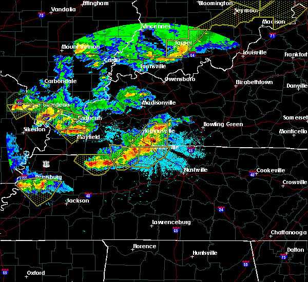 Radar Image for Severe Thunderstorms near Puryear, TN at 4/8/2020 9:01 PM CDT