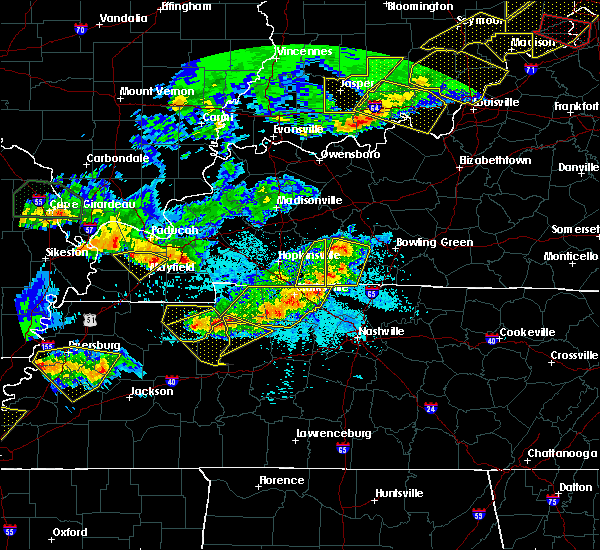 Radar Image for Severe Thunderstorms near Adairville, KY at 4/8/2020 9:18 PM CDT