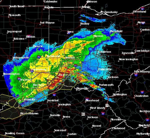 Radar Image for Severe Thunderstorms near Hillsboro, OH at 4/8/2020 10:52 PM EDT