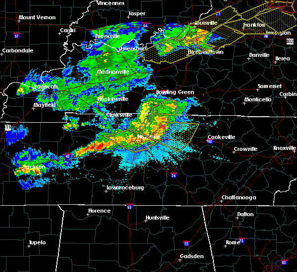 Radar Image for Severe Thunderstorms near La Vergne, TN at 4/8/2020 10:17 PM CDT