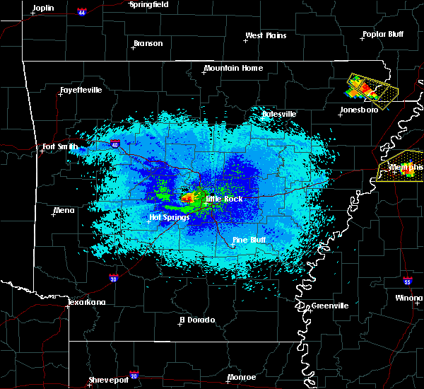 Radar Image for Severe Thunderstorms near Little Rock, AR at 4/8/2020 10:19 PM CDT