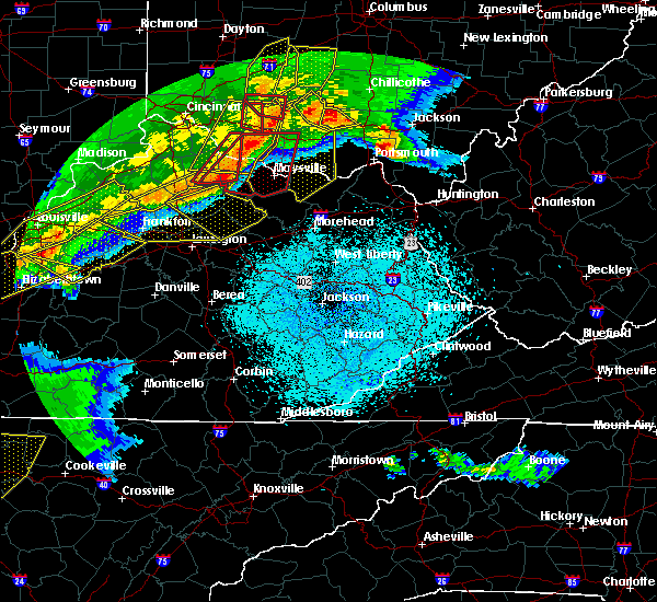 Radar Image for Severe Thunderstorms near Frenchburg, KY at 4/8/2020 11:21 PM EDT
