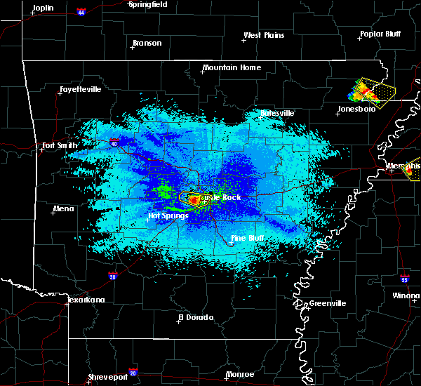 Radar Image for Severe Thunderstorms near Little Rock, AR at 4/8/2020 10:33 PM CDT