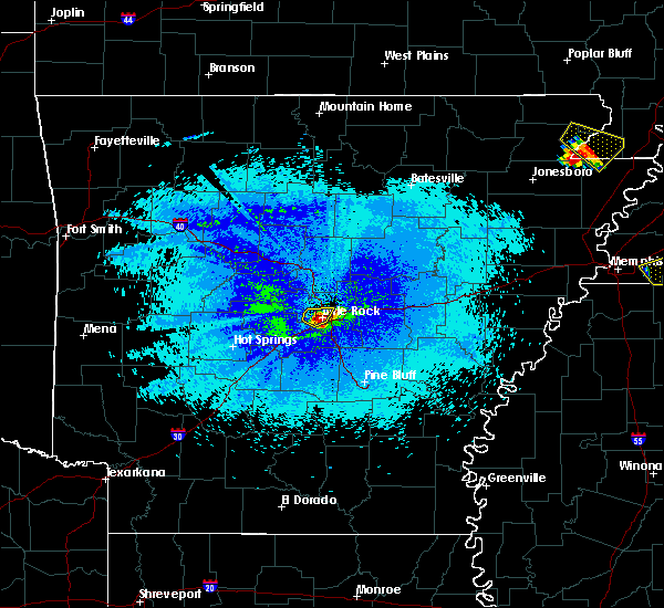Radar Image for Severe Thunderstorms near Little Rock, AR at 4/8/2020 10:39 PM CDT