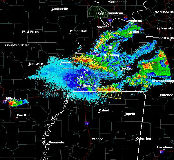Radar Image for Severe Thunderstorms near Hickory Valley, TN at 4/8/2020 11:02 PM CDT