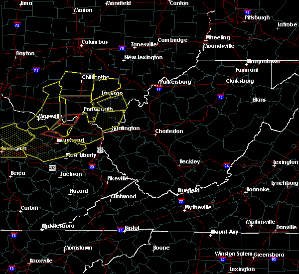 Radar Image for Severe Thunderstorms near Gallipolis, OH at 4/9/2020 12:15 AM EDT