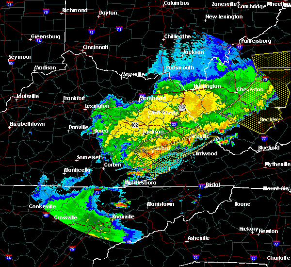 Radar Image for Severe Thunderstorms near Prestonsburg, KY at 4/9/2020 1:58 AM EDT