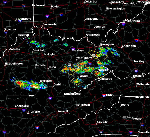 Radar Image for Severe Thunderstorms near Jackson, KY at 6/25/2015 7:27 PM EDT