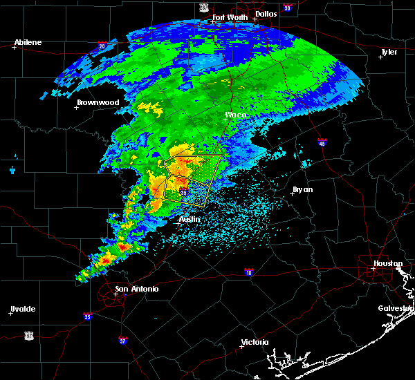 Radar Image for Severe Thunderstorms near Harker Heights, TX at 4/9/2020 2:46 PM CDT