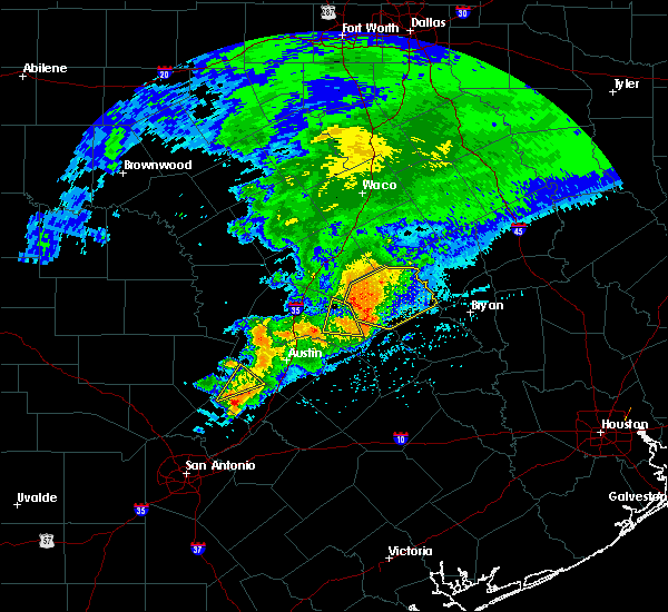 Radar Image for Severe Thunderstorms near McDade, TX at 4/9/2020 3:31 PM CDT