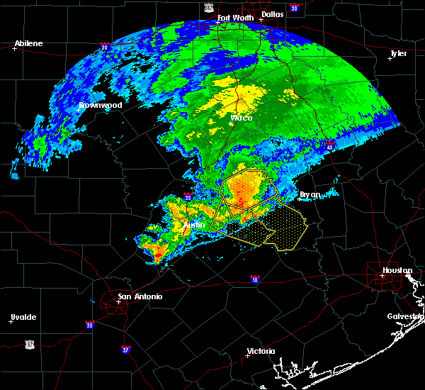 Radar Image for Severe Thunderstorms near Rockdale, TX at 4/9/2020 3:43 PM CDT