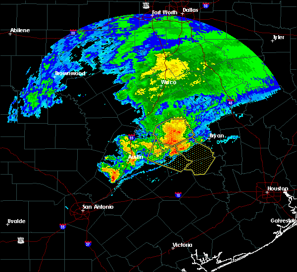 Radar Image for Severe Thunderstorms near McDade, TX at 4/9/2020 3:46 PM CDT