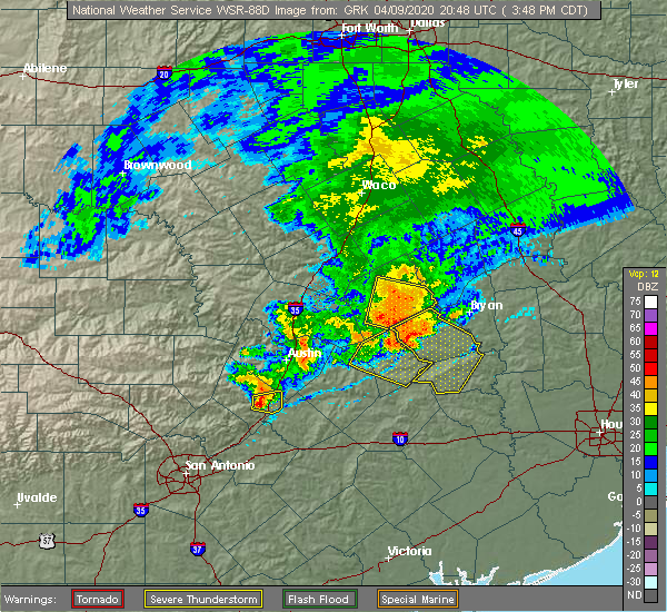 Radar Image for Severe Thunderstorms near Giddings, TX at 4/9/2020 3:52 PM CDT