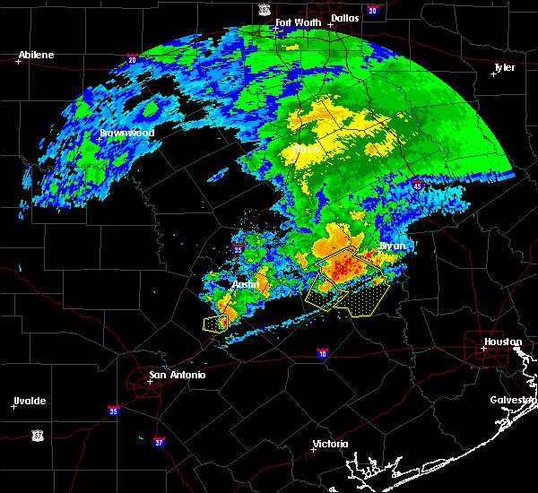 Radar Image for Severe Thunderstorms near Giddings, TX at 4/9/2020 4:05 PM CDT