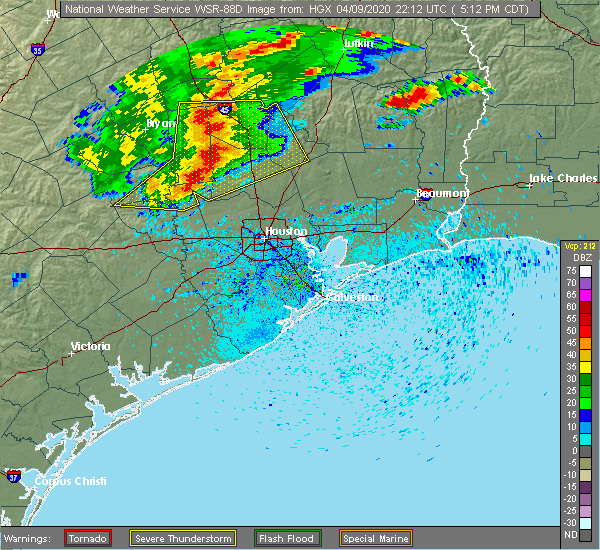 Radar Image for Severe Thunderstorms near Oakhurst, TX at 4/9/2020 5:22 PM CDT