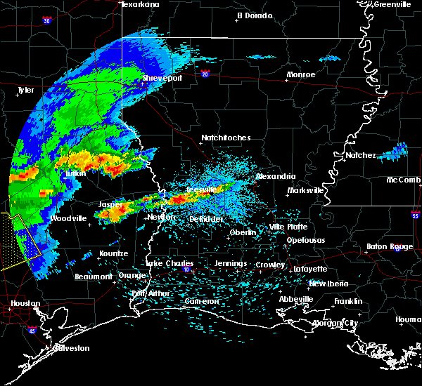 Radar Image for Severe Thunderstorms near San Augustine, TX at 4/9/2020 5:31 PM CDT