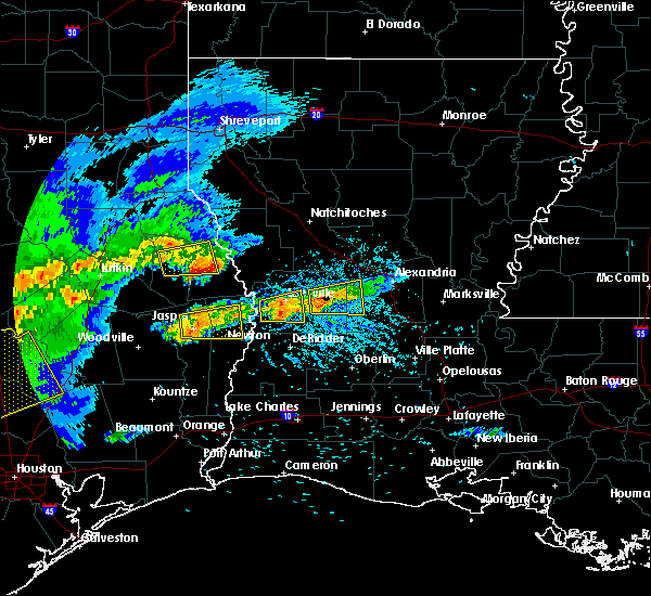 Radar Image for Severe Thunderstorms near Milam, TX at 4/9/2020 5:46 PM CDT