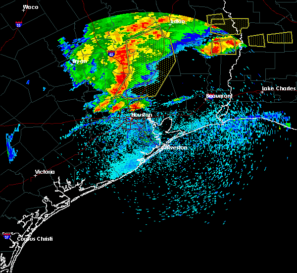 Radar Image for Severe Thunderstorms near Oakhurst, TX at 4/9/2020 5:50 PM CDT