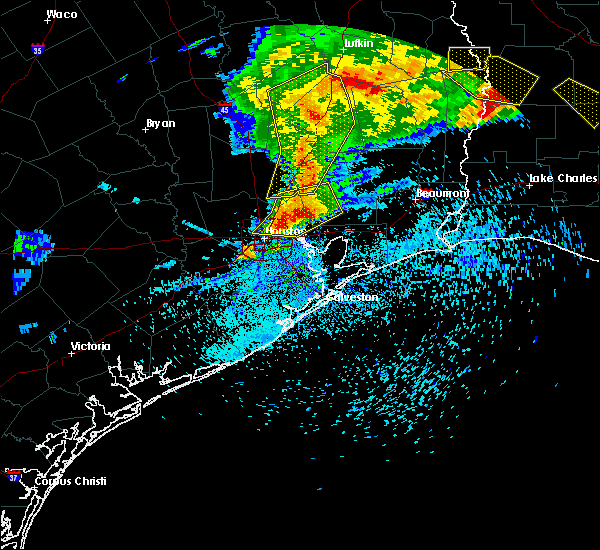 Radar Image for Severe Thunderstorms near Oakhurst, TX at 4/9/2020 6:27 PM CDT