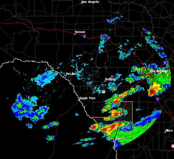 Radar Image for Severe Thunderstorms near Ranchitos Las Lomas, TX at 4/9/2020 7:19 PM CDT