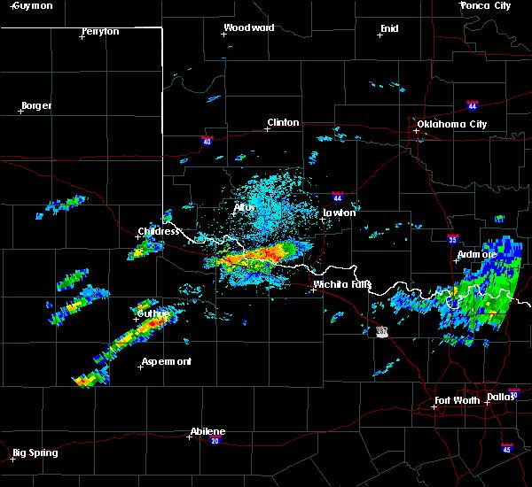Radar Image for Severe Thunderstorms near Grandfield, OK at 4/11/2020 2:03 PM CDT