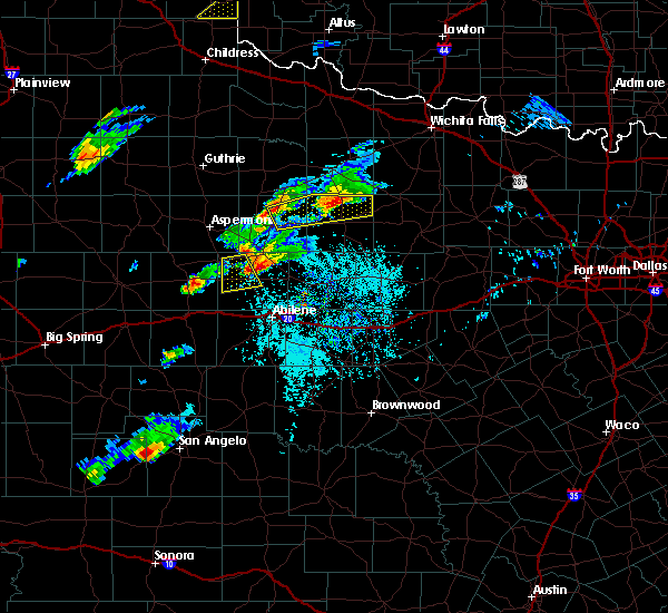 Radar Image for Severe Thunderstorms near Stamford, TX at 4/11/2020 5:24 PM CDT