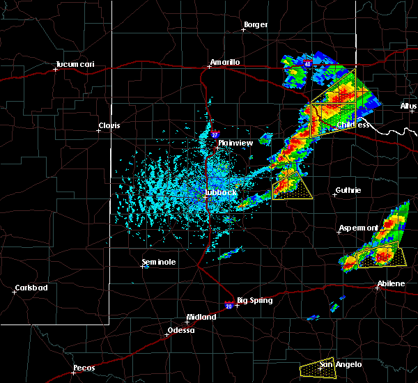 Radar Image for Severe Thunderstorms near Dickens, TX at 4/11/2020 5:47 PM CDT