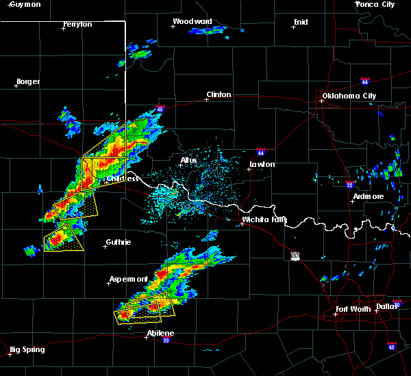 Radar Image for Severe Thunderstorms near Hollis, OK at 4/11/2020 5:58 PM CDT