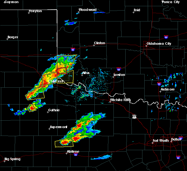 Radar Image for Severe Thunderstorms near Childress, TX at 4/11/2020 6:20 PM CDT