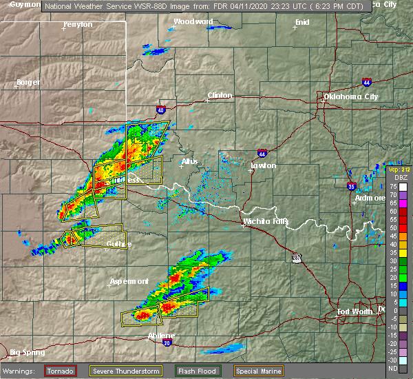 Radar Image for Severe Thunderstorms near East Duke, OK at 4/11/2020 6:29 PM CDT