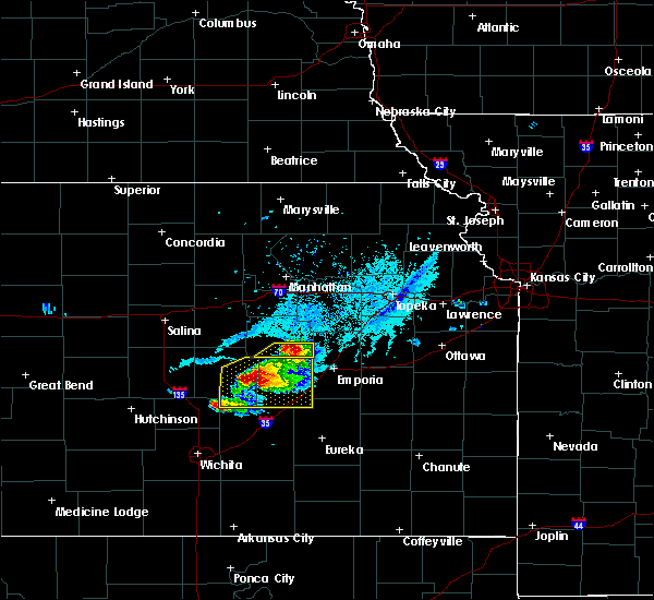 Radar Image for Severe Thunderstorms near Bushong, KS at 4/11/2020 6:52 PM CDT