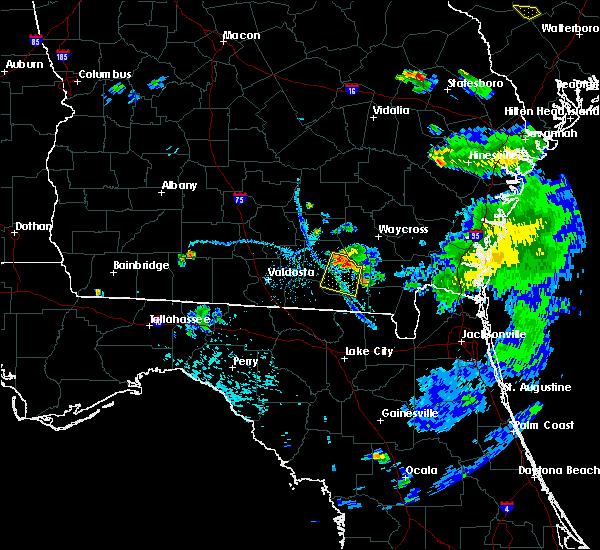 Radar Image for Severe Thunderstorms near Homerville, GA at 6/25/2015 7:51 PM EDT