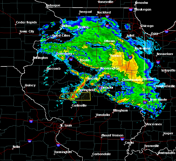 Radar Image for Severe Thunderstorms near Curran, IL at 4/11/2020 7:37 PM CDT
