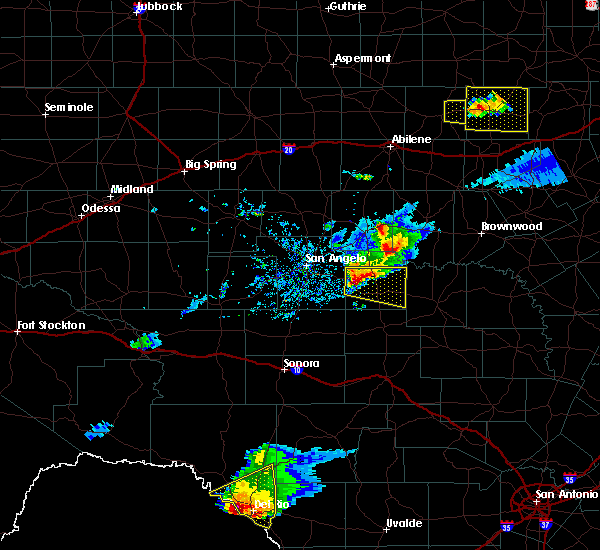 Radar Image for Severe Thunderstorms near Eden, TX at 4/11/2020 8:06 PM CDT