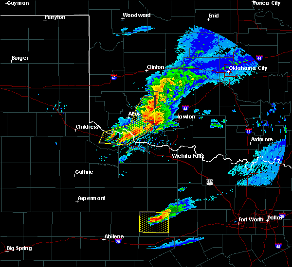 Radar Image for Severe Thunderstorms near Cyril, OK at 4/11/2020 8:25 PM CDT
