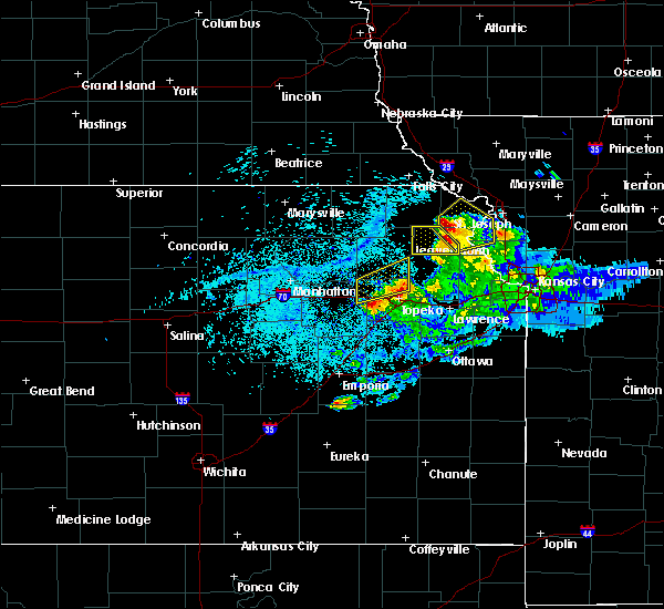 Radar Image for Severe Thunderstorms near Hoyt, KS at 4/11/2020 8:54 PM CDT