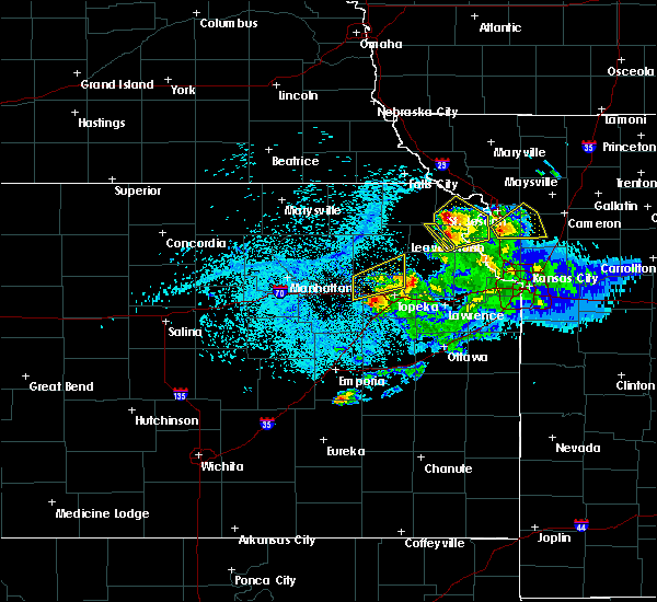Radar Image for Severe Thunderstorms near Huron, KS at 4/11/2020 8:59 PM CDT
