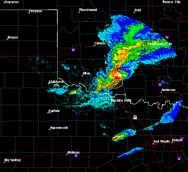 Radar Image for Severe Thunderstorms near Marlow, OK at 4/11/2020 9:17 PM CDT