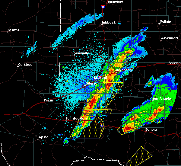 Radar Image for Severe Thunderstorms near McCamey, TX at 4/12/2020 1:25 AM CDT