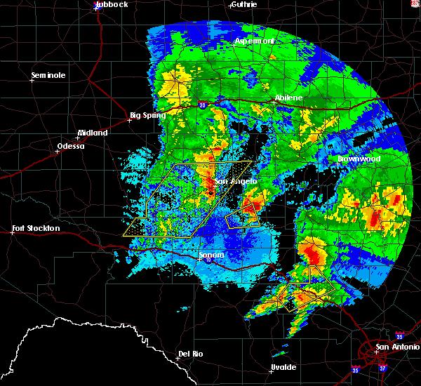 Radar Image for Severe Thunderstorms near Eden, TX at 4/12/2020 3:39 AM CDT