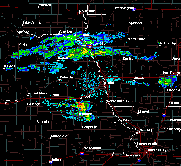 Radar Image for Severe Thunderstorms near Lincoln, NE at 4/12/2020 4:49 AM CDT