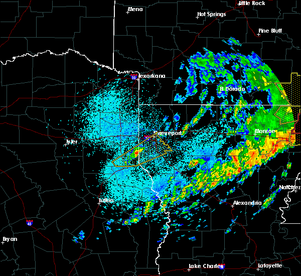 Radar Image for Severe Thunderstorms near Greenwood, LA at 4/12/2020 12:43 PM CDT