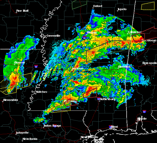 Radar Image for Severe Thunderstorms near Robinhood, MS at 4/12/2020 4:28 PM CDT