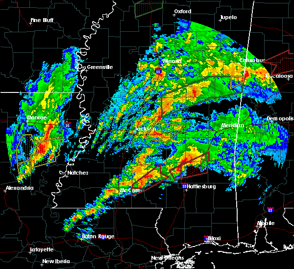 Radar Image for Severe Thunderstorms near Robinhood, MS at 4/12/2020 4:41 PM CDT