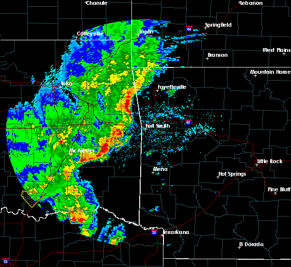 Radar Image for Severe Thunderstorms near Powderly, TX at 4/12/2020 4:48 PM CDT