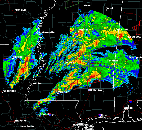 Radar Image for Severe Thunderstorms near Epps, LA at 4/12/2020 4:52 PM CDT