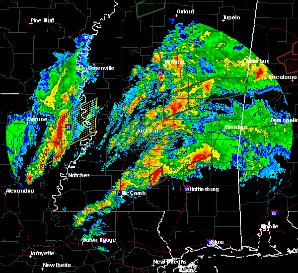 Radar Image for Severe Thunderstorms near Bay Springs, MS at 4/12/2020 5:04 PM CDT
